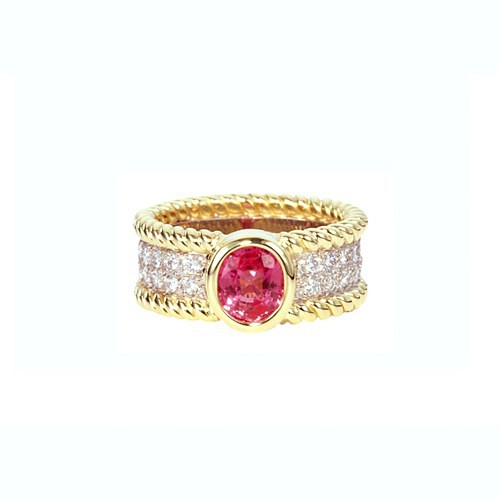 PINK SAPPHIRE & DIAMOND 'BRAID' RING IN YELOW GOLD
