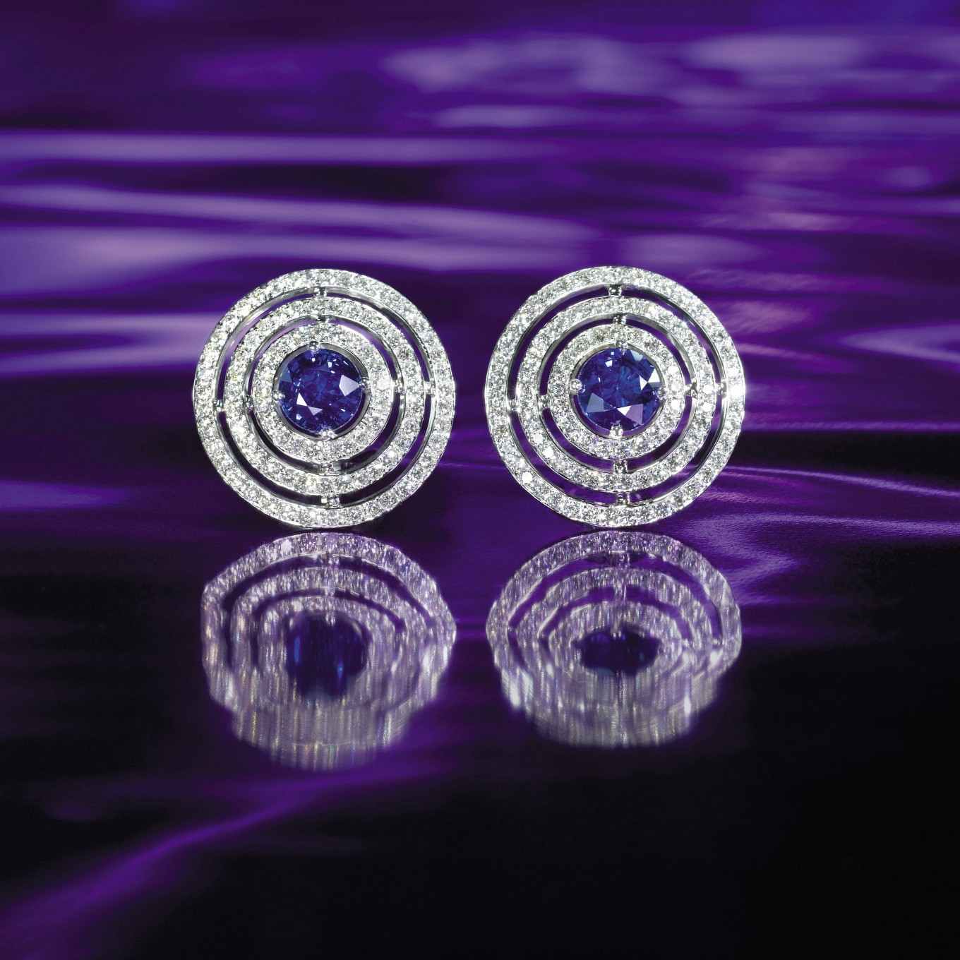 'CIRCLE' SAPPHIRE & DIAMOND EARRINGS