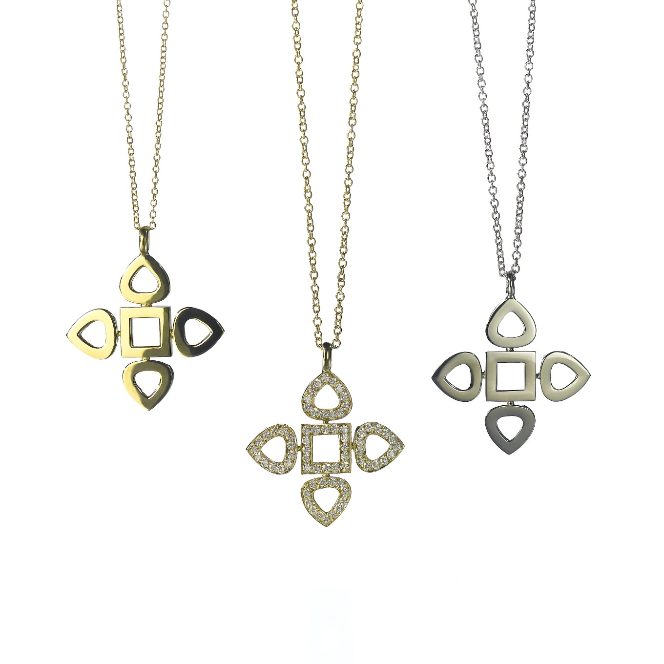 Flat Sevilla pendants in 18k gold & diamonds