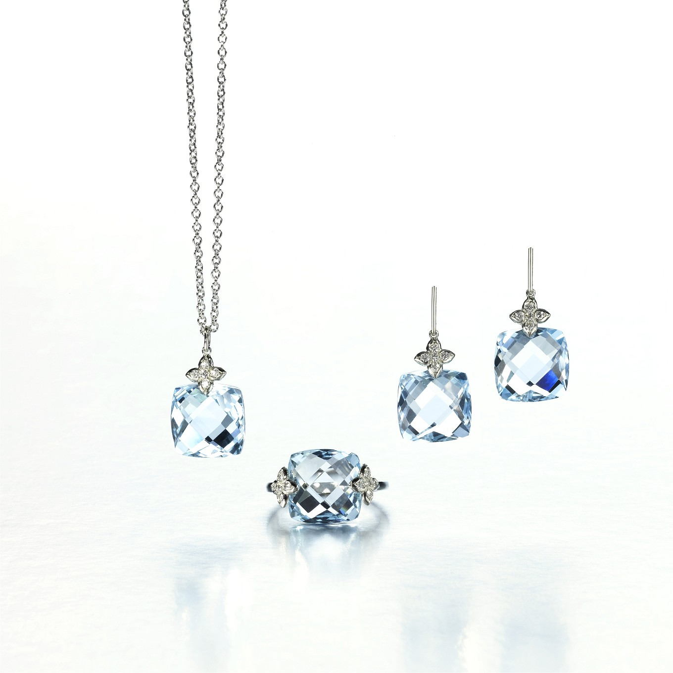 Blue Topaz chequerboard & diamond Sevilla pendant & ring in 18k white gold