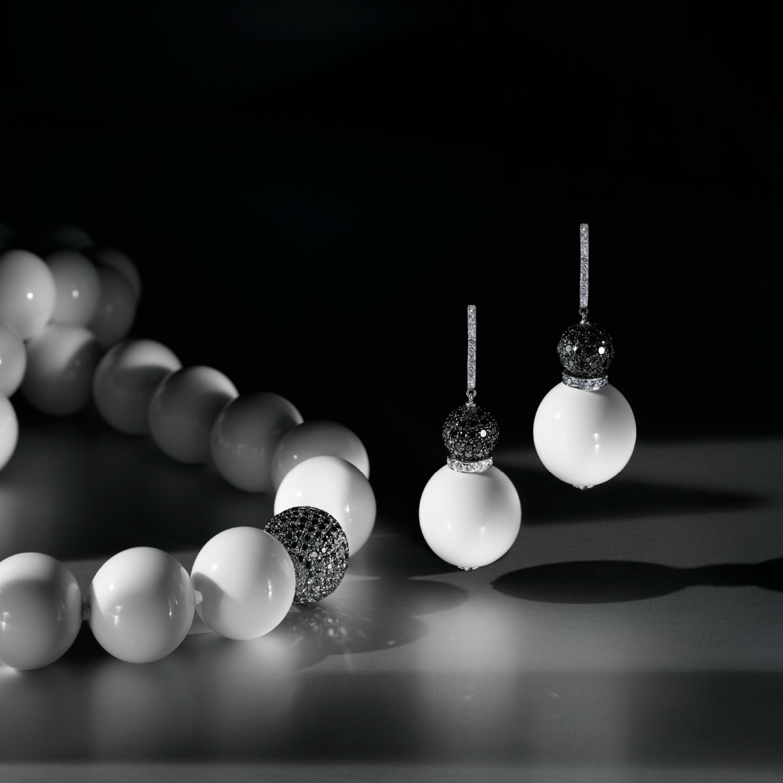 WHITE AGATE & PAVE BLACK DIAMOND NECKLACE. WHITE AGATE, WHITE DIAMOND & PAVE BLACK DIAMOND EARRINGS