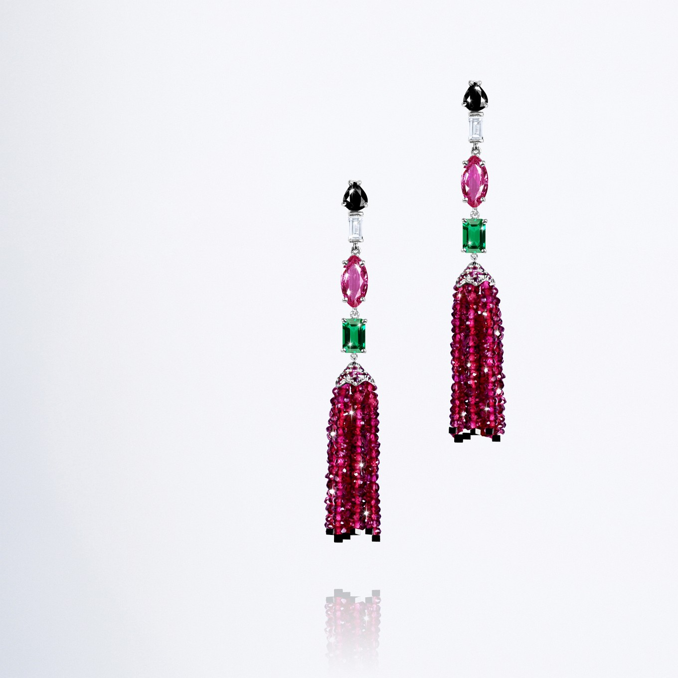 Earrings - Necklace – Ring. Sapphires & Diamonds