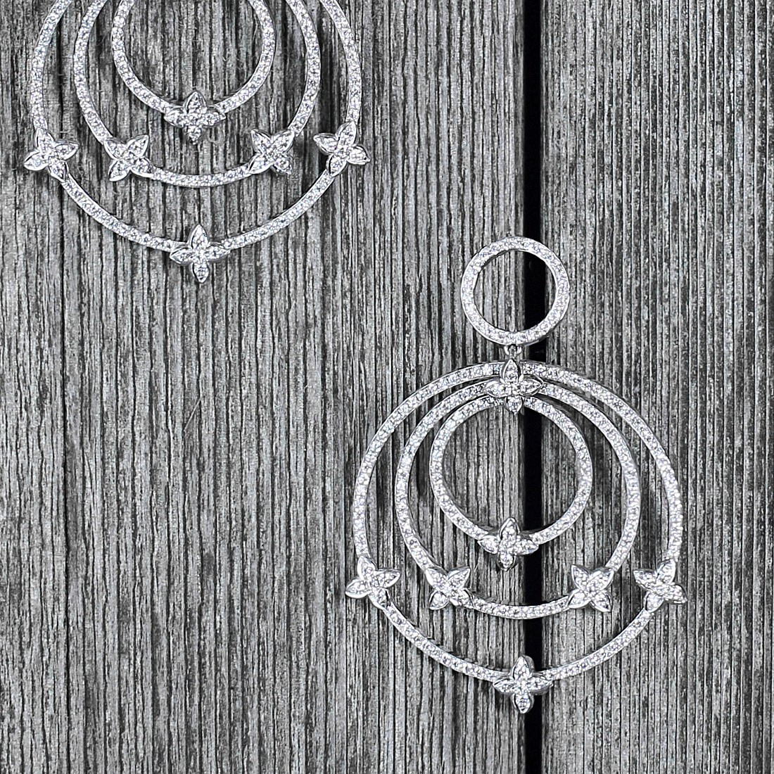 """Olivia"" Diamond earrings with Sevilla motifs in white gold."