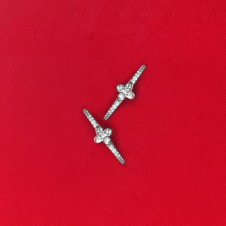 Diamond Sevilla hoop earrings in white gold