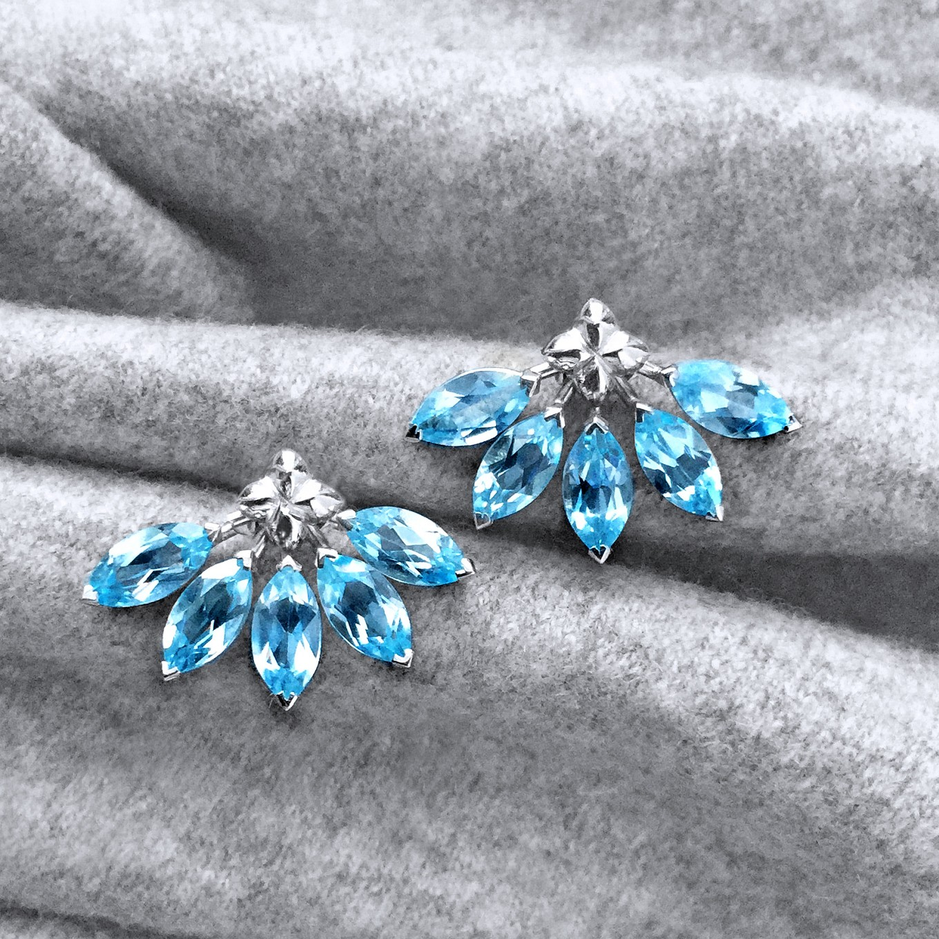 "G SERIES AQUAMARINE ""FLARE"" EARRING JACKETS IN WHITE GOLDPAIRED WITHSEVILLA STUDS IN WHITE GOLD"