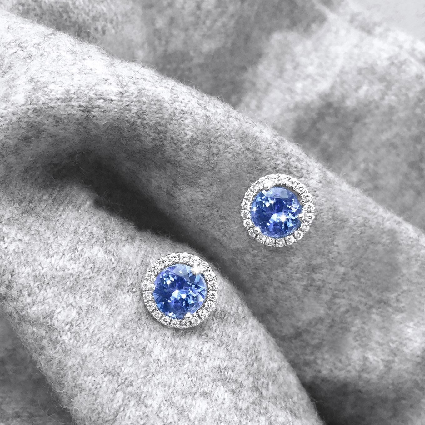 BRILLIANT CUT TANZANITE & DIAMOND STUDS IN WHITE GOLD