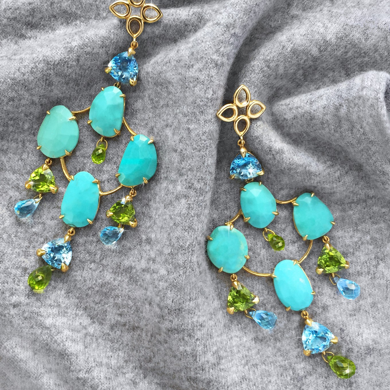 "TURQUOISE PERIDOT & BLUE TOPAZ "" PAGODA"" EARRINGS IN YELLOW GOLD"