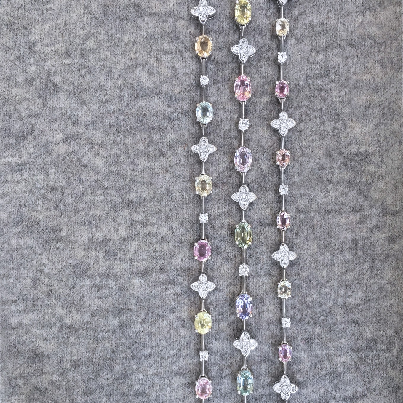 MULTICOLOURED PASTEL OVAL SAPPHIRE & DIAMOND NECKLACE IN WHITE GOLD  ( DETAIL )<br/>PRICE ON REQUEST