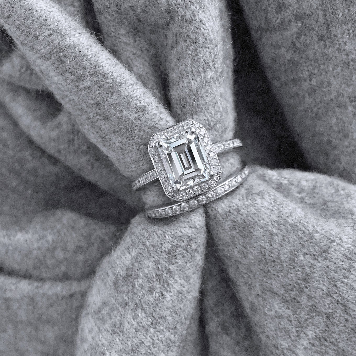 D COLOUR EMERALD CUT DIAMOND RING IN WHITE GOLD PRICE ON REQUEST<br/><br/>DIAMOND ETERNITY BAND