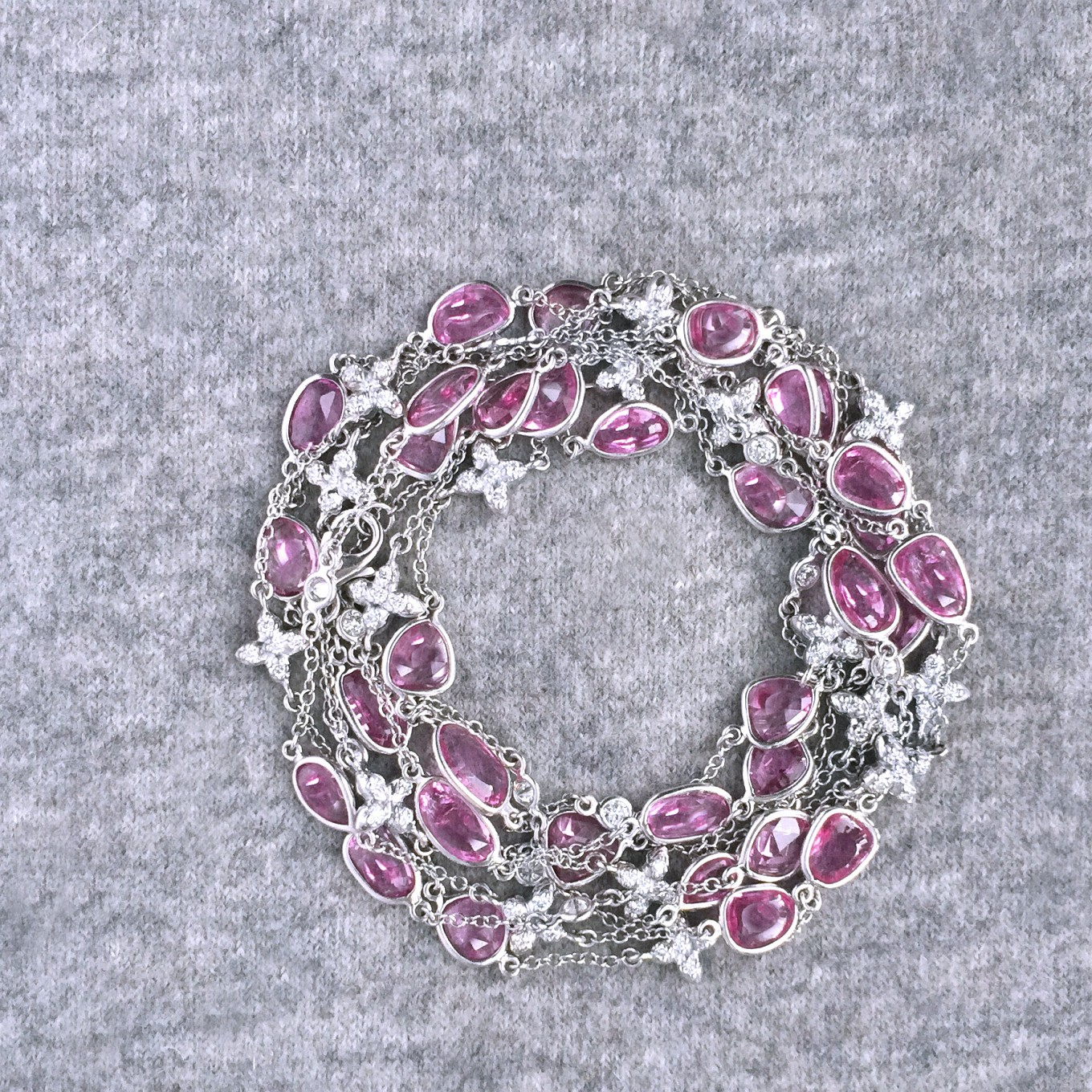 52 INCH ROSECUT PINK SAPPHIRE & DIAMOND SEVILLA MOTIF NECKLACE IN WHITE GOLD