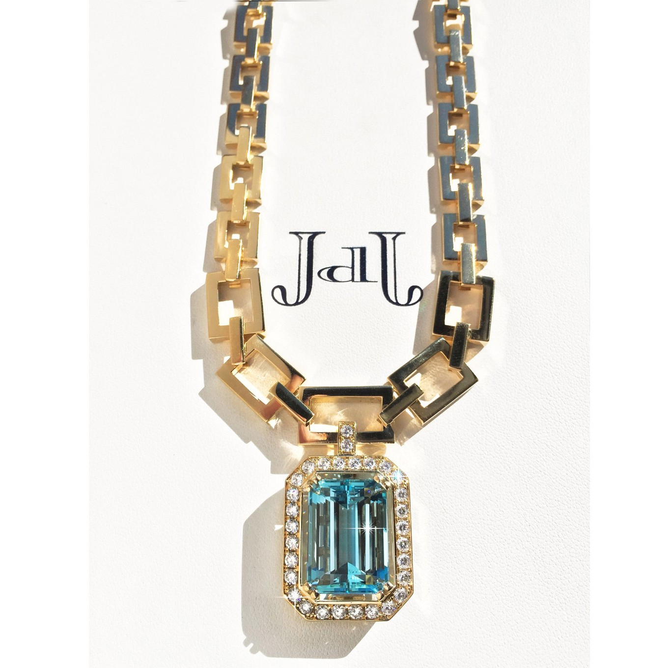 g series aquamarine & diamond necklace in yellow gold