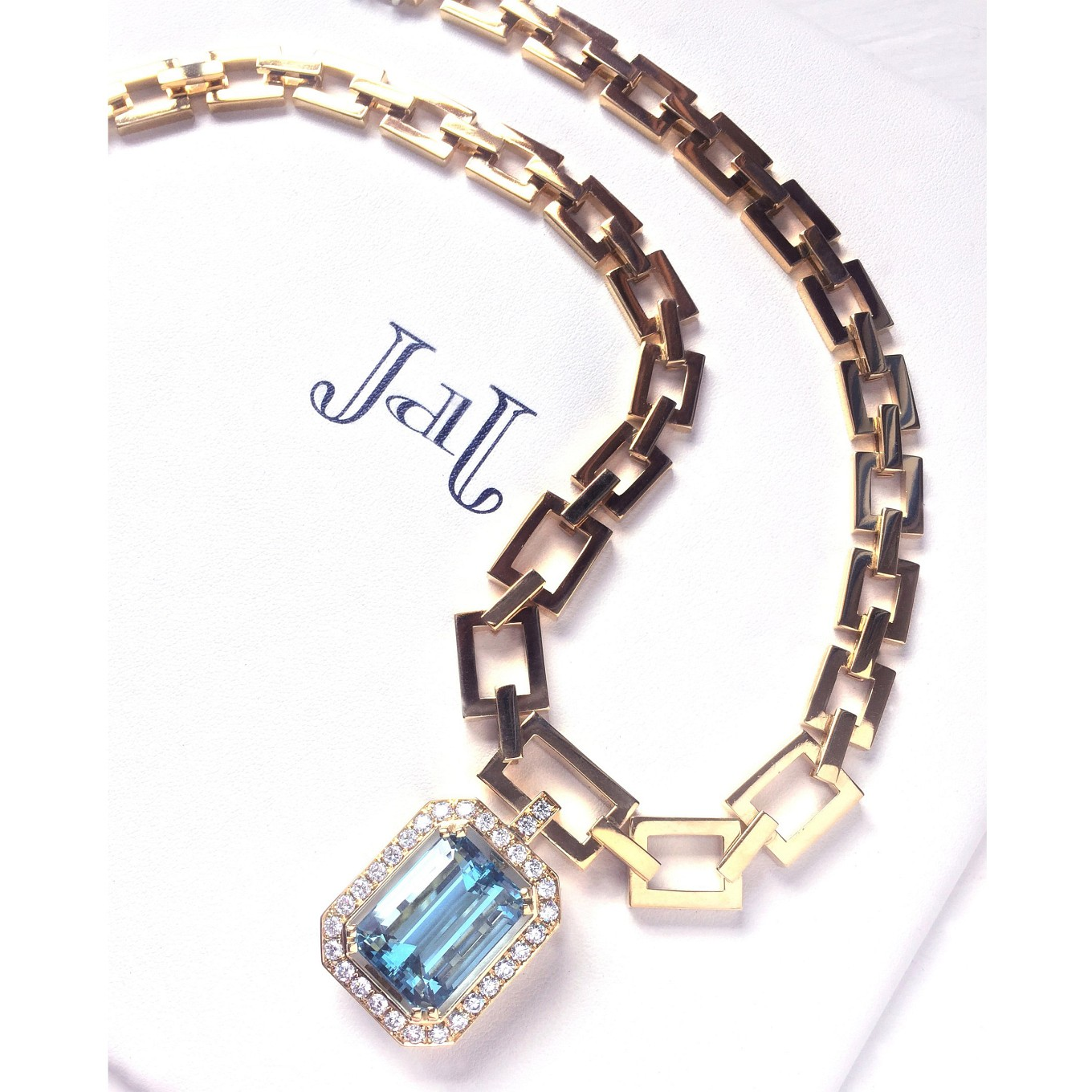 Aquamarine & diamond. G series necklace